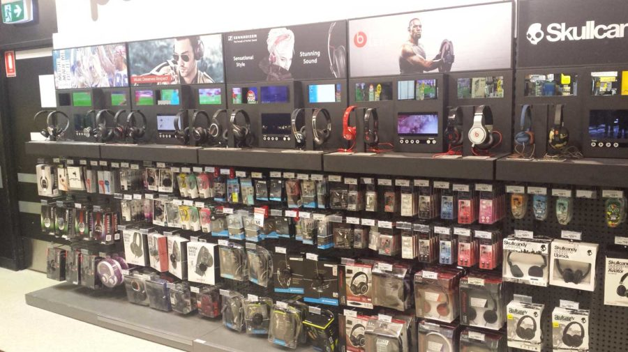 Interactive Headphone Display, for Dick Smith