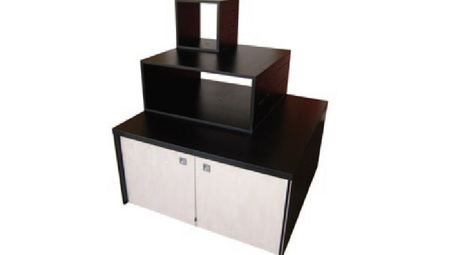 MPU1. Pesto Linea Natural laminex finish to front and. storage cupboard doors with padlock facility. 32mm black melamine top with ABS edging. Powder coated aluminium protective corners. Lockable castors to steel base. Removable top riser modules that can be configured two ways.