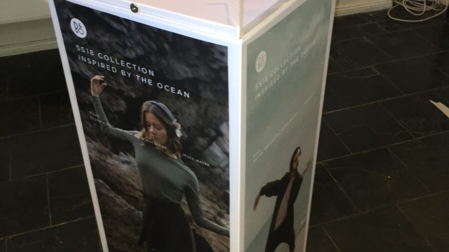 Bang & Olufsen Display Podium