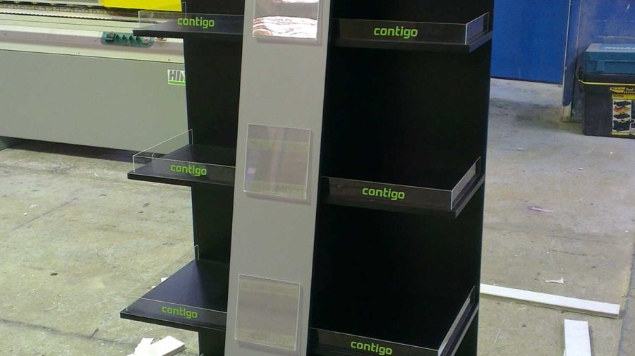 Contigo Drink Bottle Display
